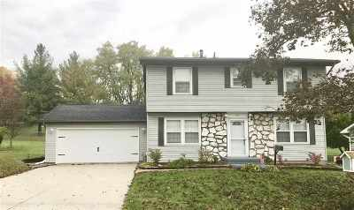 Clinton Single Family Home For Sale: 526 Meadowview