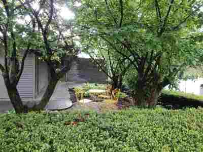 Bettendorf Single Family Home For Sale: 1540 Fairlane