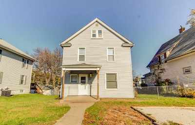 Davenport IA Single Family Home For Sale: $85,000
