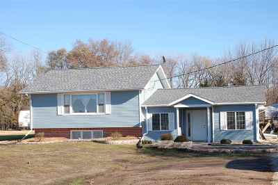 Camanche Single Family Home For Sale: 2967 Us Hwy 67