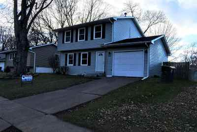 Davenport IA Single Family Home For Sale: $147,900