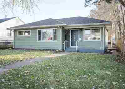 Bettendorf Single Family Home For Sale: 2549 Cody