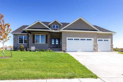 bettendorf Single Family Home For Sale: 5505 Pigeon Creek