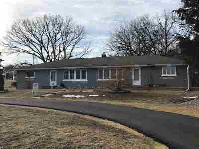 Clinton Single Family Home For Sale: 3122 Lincolnway