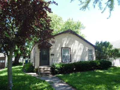 Clinton Single Family Home For Sale: 3011 N 3rd