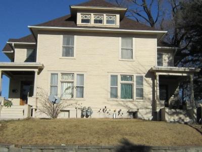 Davenport Multi Family Home For Sale: 318-320 E 11th