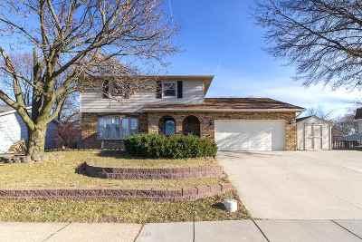 Bettendorf Single Family Home For Sale: 4109 Utica Ridge