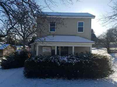 Clinton Single Family Home For Sale: 269 N 19th