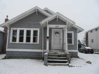 Clinton Single Family Home For Sale: 624 S 9th