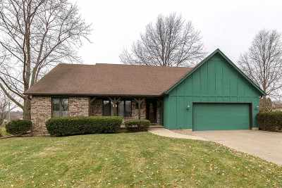 Bettendorf Single Family Home For Sale: 4920 Heatherstone