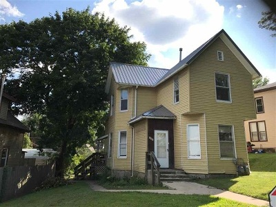 Clinton Multi Family Home For Sale: 725 14th Ave S
