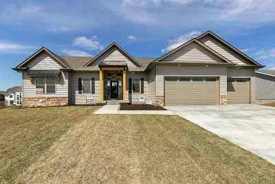 Eldridge Single Family Home For Sale: 1006 W Pinehurst