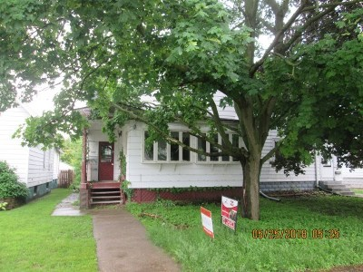 Clinton Single Family Home For Sale: 537 3rd Ave S