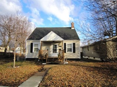 Single Family Home For Sale: 715 N 4th St