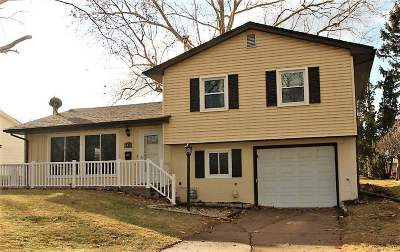Bettendorf Single Family Home For Sale: 1416 19th