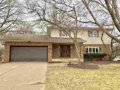 Davenport IA Single Family Home For Sale: $289,900