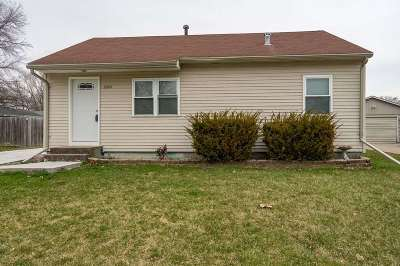 Davenport IA Single Family Home For Sale: $118,500