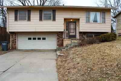 Bettendorf Single Family Home For Sale: 3930 18th