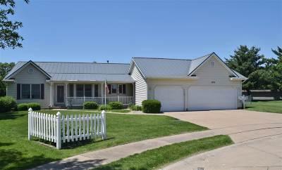 Davenport IA Single Family Home For Sale: $259,900