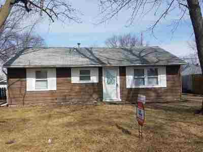Davenport IA Single Family Home For Sale: $92,900