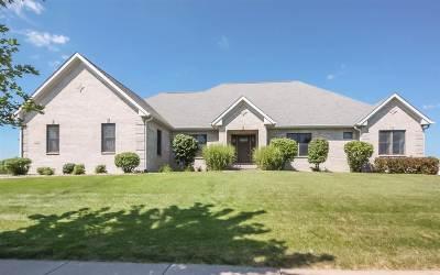 Davenport IA Single Family Home For Sale: $375,000