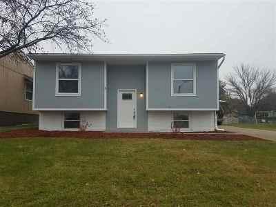 Davenport IA Single Family Home For Sale: $117,900