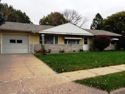 Davenport IA Single Family Home For Sale: $126,000