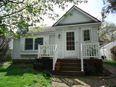 Davenport IA Single Family Home For Sale: $132,000
