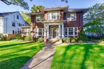 Davenport Single Family Home For Sale: 210 Forest