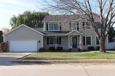Eldridge Single Family Home For Sale: 412 S 9th Ave