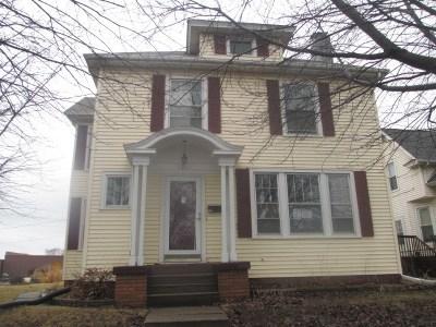 Davenport IA Single Family Home For Sale: $85,000