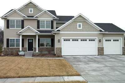 Bettendorf Single Family Home For Sale: 7043 St. Ann