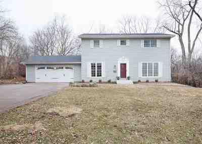 Davenport IA Single Family Home For Sale: $317,500