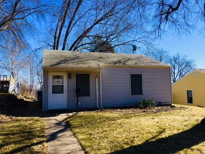 Davenport IA Single Family Home For Sale: $65,900
