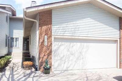 Bettendorf Condo/Townhouse For Sale: 1136 Terrace Park