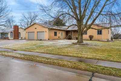 Eldridge Single Family Home For Sale: 211 S 27th Ave