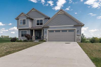 Davenport IA Single Family Home For Sale: $313,900