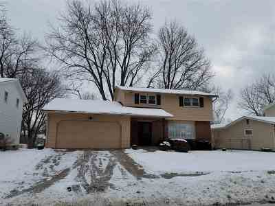 bettendorf Rental For Rent: 3105 Oxford