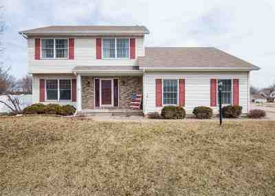 Davenport IA Single Family Home For Sale: $237,500