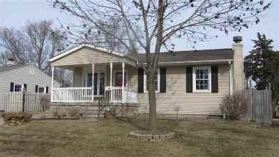 Davenport IA Single Family Home For Sale: $137,900