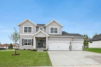 Eldridge Single Family Home For Sale: 918 W Pinehurst Street