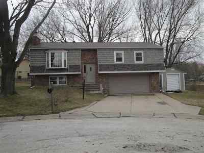 Eldridge Single Family Home For Sale: 6 Park Lane