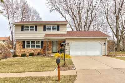 Bettendorf Single Family Home For Sale: 4019 Tanglefoot