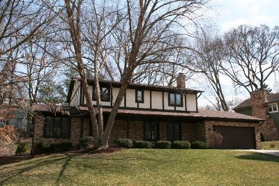 Bettendorf Single Family Home For Sale: 3 Wildwood