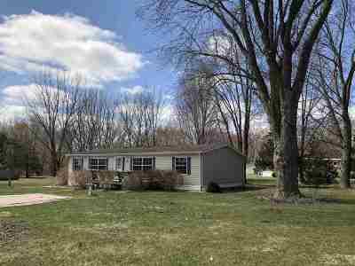 Eldridge Single Family Home For Sale: 22885 243rd