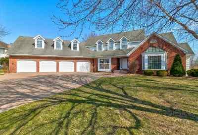 Bettendorf Single Family Home For Sale: 2176 St Andrews