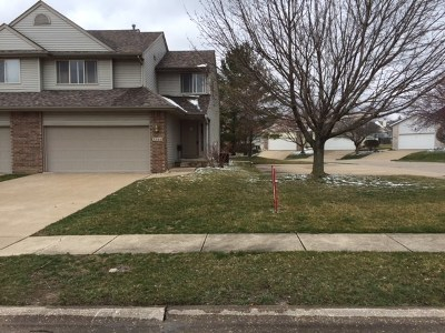 Bettendorf Condo/Townhouse For Sale: 3966 Partridge