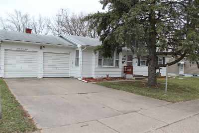 Davenport IA Single Family Home For Sale: $110,000