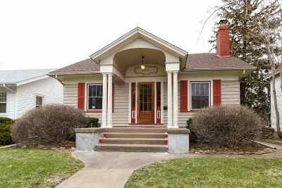 Davenport IA Single Family Home For Sale: $129,000
