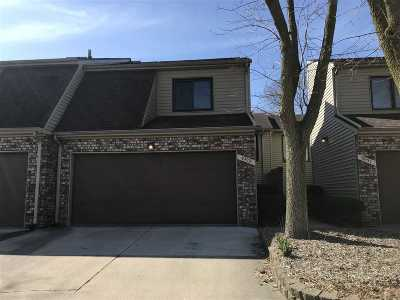 Bettendorf Condo/Townhouse For Sale: 3929 Partridge